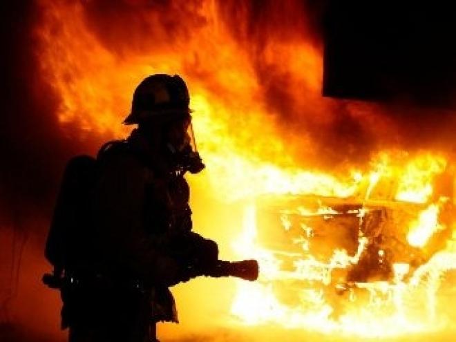 В Марий Эл неизвестные сожгли автомобиль