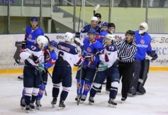 Череда поражений «Ариады» в чемпионате ВХЛ продолжается