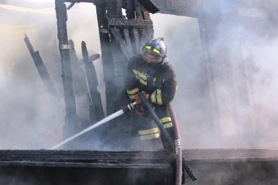 12 бытовых пожаров — итог минувшей недели