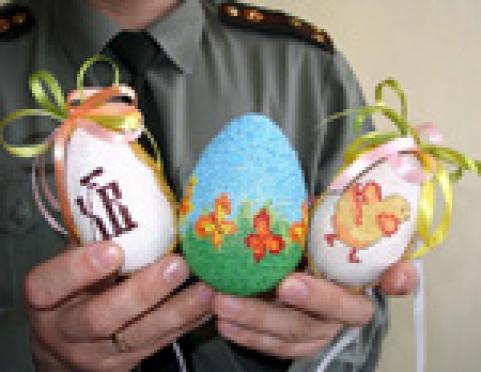 Пасхальные яйца из Новотроицкой колонии (Марий Эл) отправятся в Москву