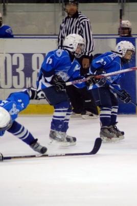 Турнир по хоккею среди юношей 2001 г.р. постер