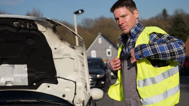 Российских водителей обяжут надевать светоотражающую одежду