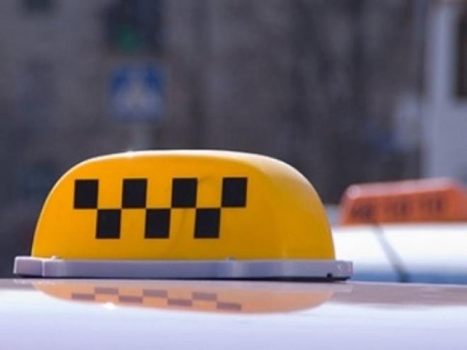 Таксисты Йошкар-Олы не спешат переходить на «новогодние тарифы»