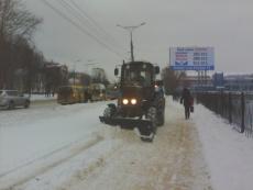 В Йошкар-Оле вся снегоуборочная техника брошена на уборку улиц