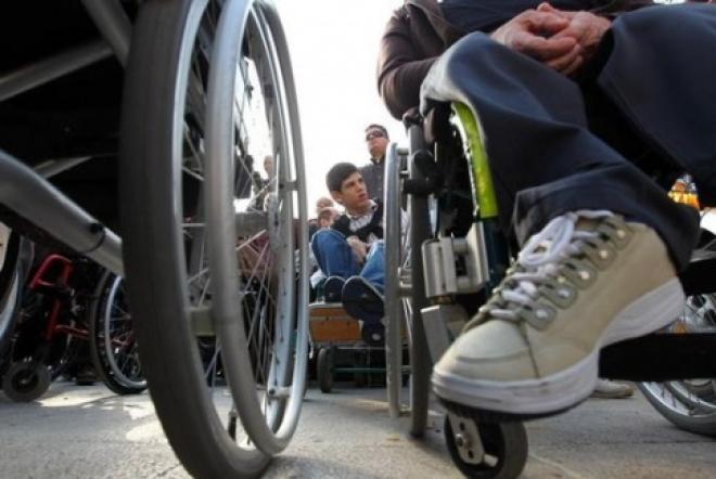 В правительстве России прописали порядок предоставления выходных дней родителям детей-инвалидов