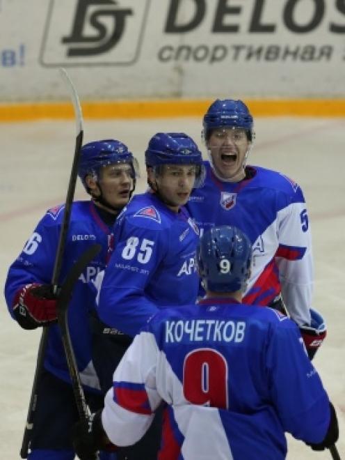 Хоккеисты из Волжска померяются силами сегодня с командой из Нижнего Тагила