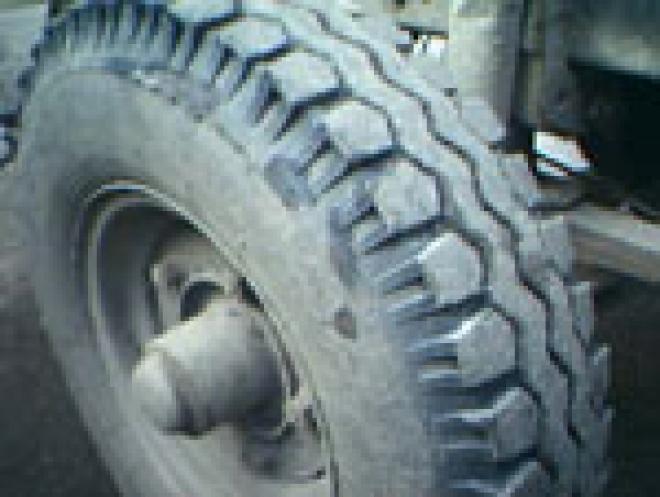 В столице Марий Эл 6-летний мальчик, попав под колеса грузовика, отделался лёгким испугом