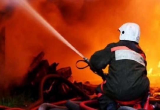 Пожарные Волжска спасли людей из дымовой ловушки
