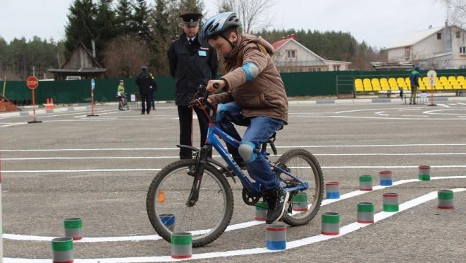 Сегодня станут известны победители республиканского конкурса «Безопасное колесо»