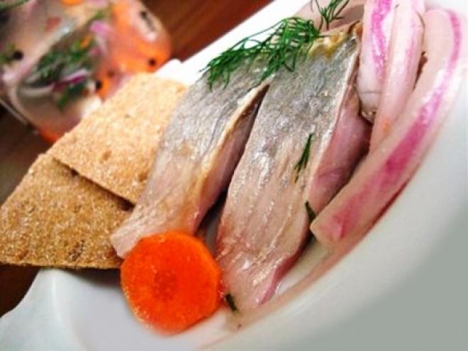 Россельхознадзор запретил ввоз рыбы и молочных продуктов из Эстонии