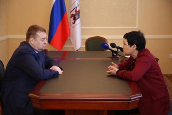 Леонид Маркелов обсудил защиту прав человека с омбудсменом Ириной Татариновой
