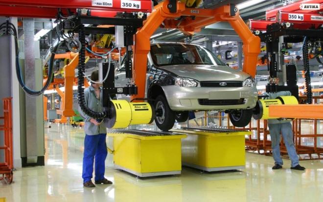 АвтоВАЗ повышает цены на свою продукцию с 15 января