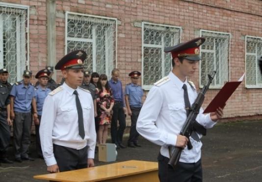 Полиция пополнилась 27 молодыми сотрудниками