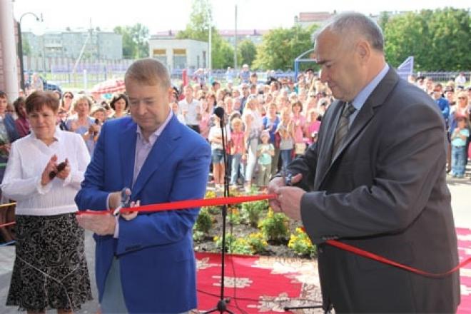 В поселке Медведево открылся новый детский сад с бассейном и лифтом
