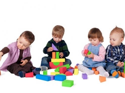 Родителей приглашают за путёвками в детские сады