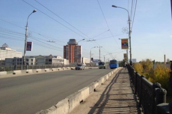 Центральный мост закроют на сутки на реставрацию