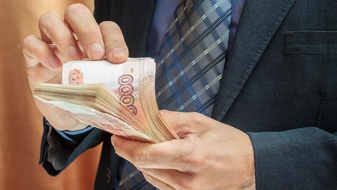 Совет Федерации отказался приравнивать зарплаты парламентариев к средней по стране