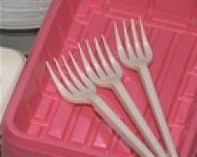 """Посуда на один раз. Когда это может быть опасно? Ответ в программе """"Детали"""""""