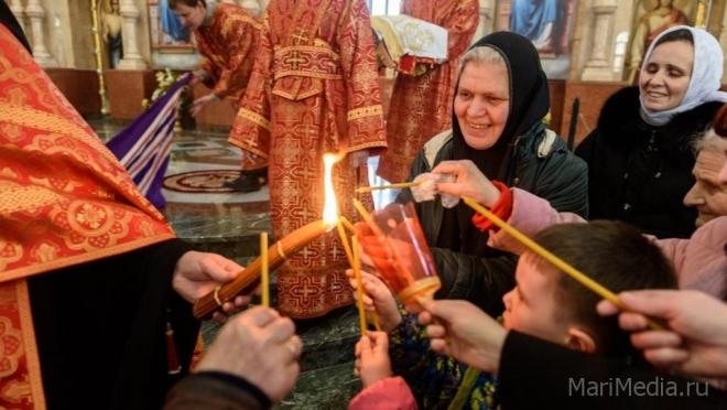 Благодатный огонь доставят в Йошкар-Олу утром 8 апреля