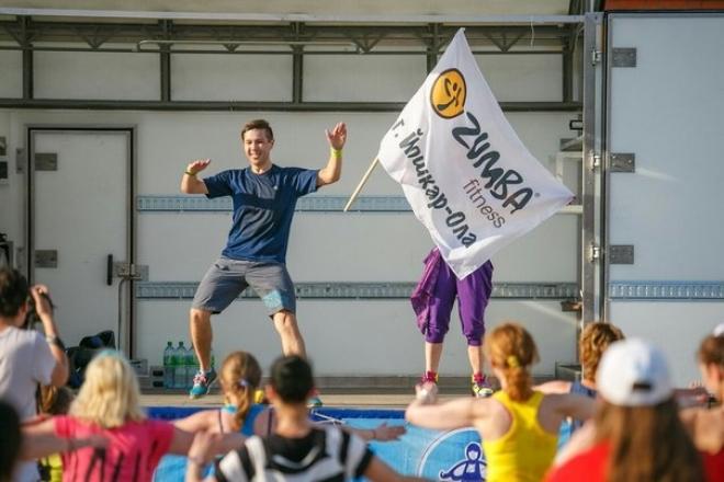 Волонтеры Йошкар-Олы призывают помогать детям бороться с болезнью, танцуя