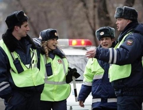 23 февраля водители устроили выходной для йошкар-олинских автоинспекторов