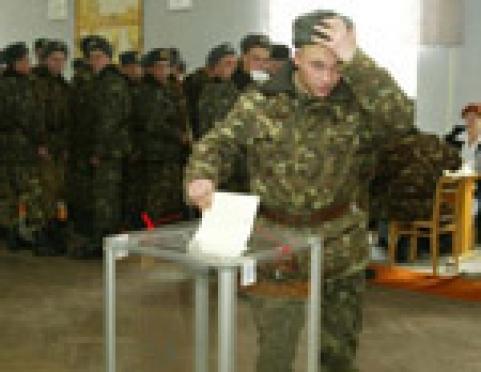 В Марий Эл первыми проголосуют военные
