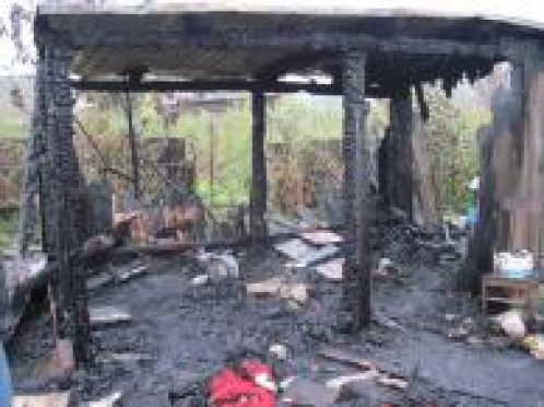 В Марий Эл мужчина погиб на пожаре в летнем домике после празднования своего дня рождения