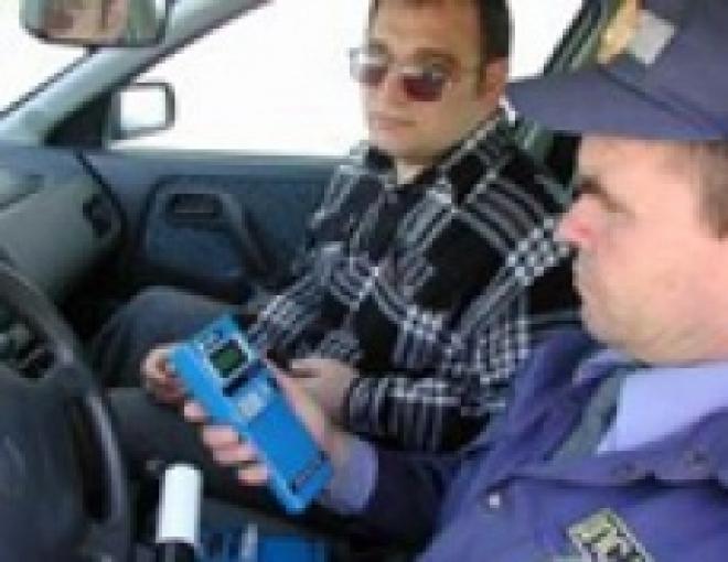 Госавтоинспекторов Марий Эл обязали учитывать погрешность алкотестеров