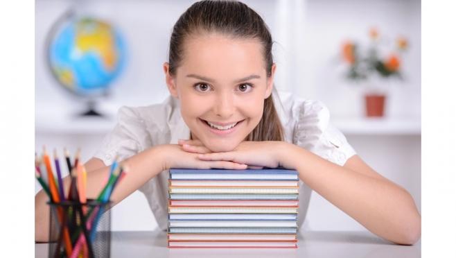 Успей записаться на групповые занятия по подготовке к ОГЭ по обществознанию. 12+