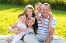 «Русское Радио Йошкар-Ола» поздравит многодетные семьи с Днем семьи, любви и верности
