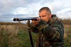 Полицейские Марий Эл вернули охотникам украденное оружие и деньги