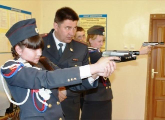 Будущих полицейских готовят в Марий Эл со школьной скамьи
