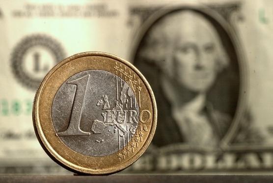 Курс доллара превысил отметку 47 рублей