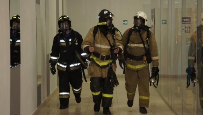 Пожарные учения прошли в торговом центре «Плаза» в Йошкар-Оле