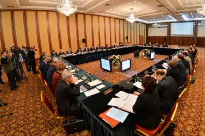 Исполнение майских указов Президента России обсудили в Казани