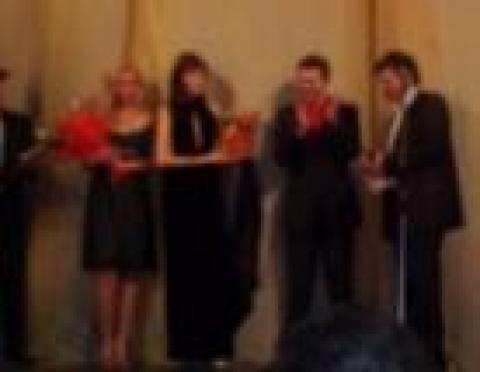 В Йошкар-Оле теле- и радиоработники принимали поздравления в театре