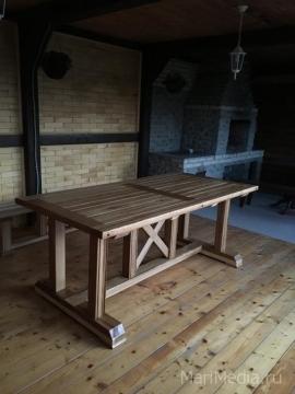 Дубовый стол для шашлычной