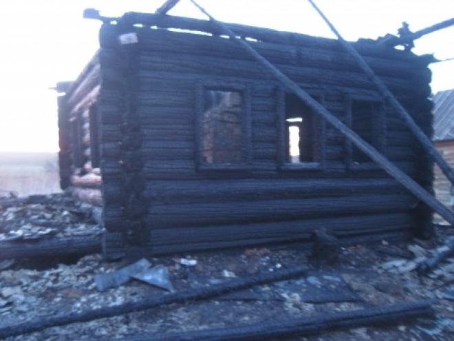 В праздник Пасхи на пожаре погиб мужчина