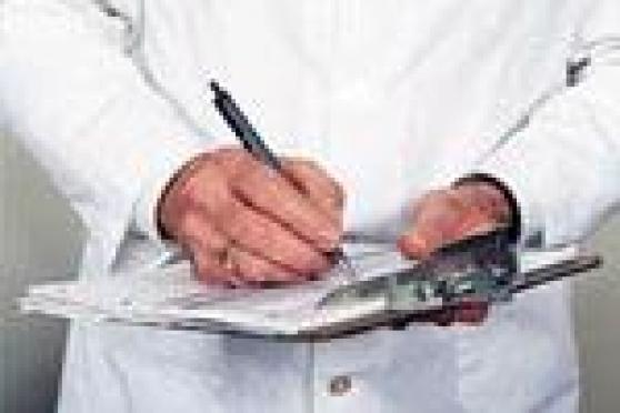 Специалисты Республиканской станции переливания крови занялись бюрократией