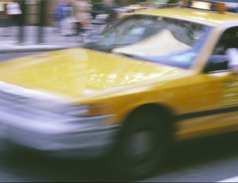 Удобный и безопасный транспорт — такси