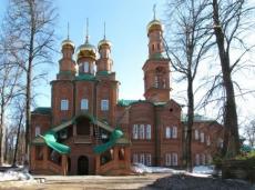 Святыни Ташкентской епархии перевезли в йошкар-олинский храм Серафима Саровского