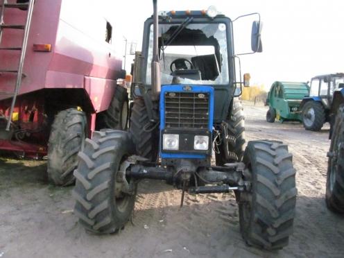 В Мари-Турекском районе местные жители вернули угнанный трактор разбитым
