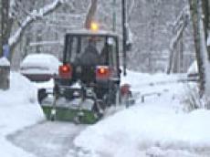 Сильный снегопад вывел на йошкар-олинские улицы всю «дорожную» технику