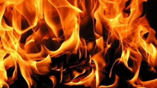 Два человека погибли при пожаре в Советском районе