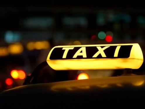 В Советском районе два местных жителя напали на таксиста