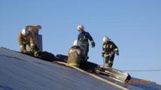 В Медведевском районе загорелся цех деревообработки