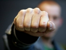 Жителя Марий Эл обвиняют в избиении несовершеннолетних