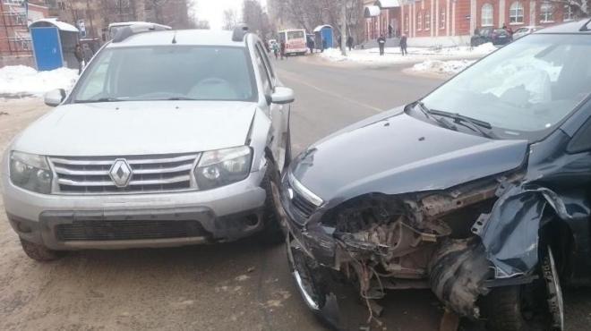 В Марий Эл три человека пострадали в дорожных авариях в выходные дни