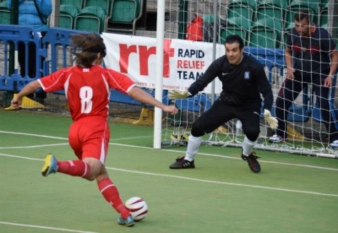 Россия завоевала серебро на чемпионате Европы по футболу среди тотально слепых