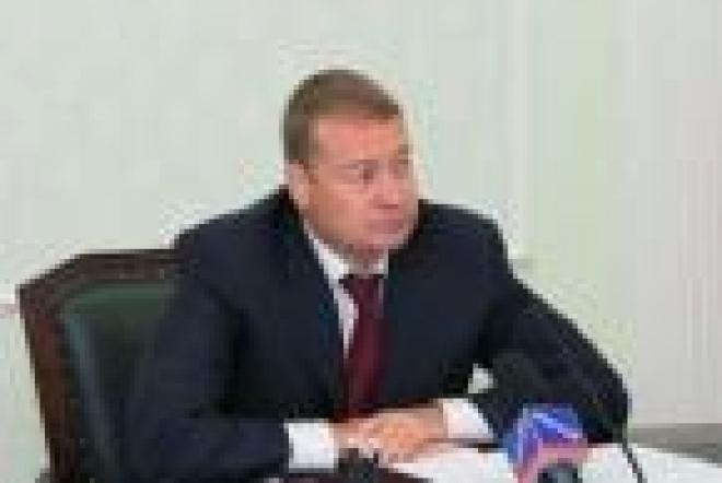 Леонид Маркелов не оставил ветеранов без внимания